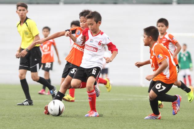 Football Champ Sandro Reyes in action during the  UFL Youth League Championship.